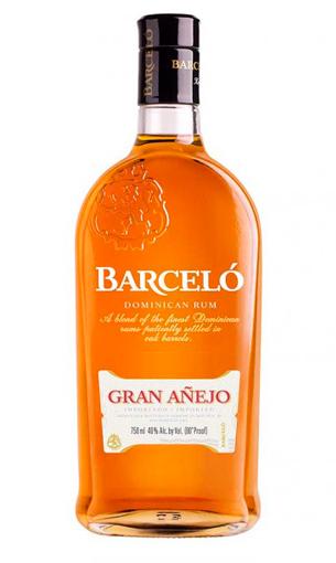 Barceló Gran Añejo (ron dominicano) - Mariano Madrueño